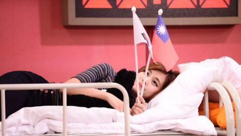 政治に巻き込まれた台湾の16歳少女