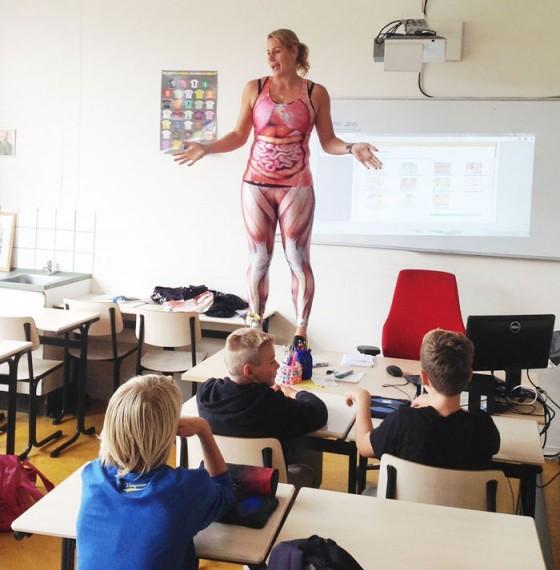 海外の人体の授業3