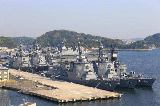 カレーを作りに横須賀に護衛艦が集結した (2)