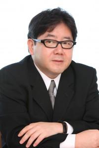 Akimoto-Yasushi-200x300
